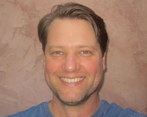Robert Perdue